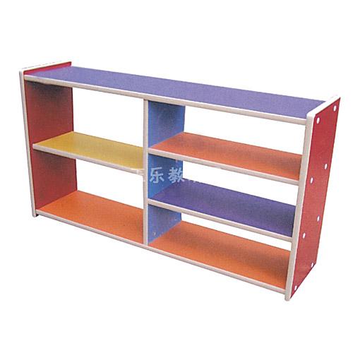 玩具柜两边通