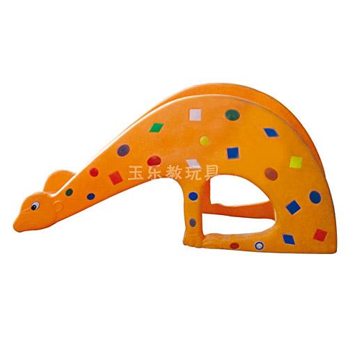 长颈鹿滑梯